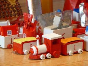 wooden-train-80001_640